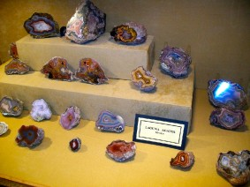 Tualatin Valley Rock Club display and exhibit